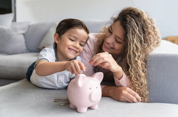 Top Money-Saving Tips for Single Parents